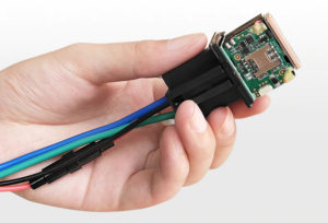 GSM блокиратор и трекер онлайн для автомобиля